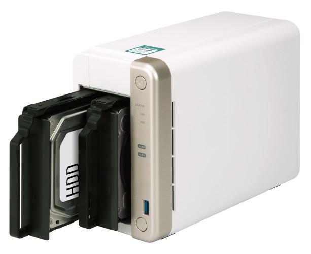 Wykorzystaj gniazdo PCIe do rozszerzania możliwości serwera NAS