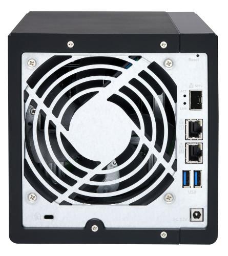 Gotowość do obsługi sieci 10GbE dzięki wbudowanemu portowi 10GbE SFP+